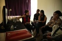 25 - Ms. Silvia Spadotto conducting the FILM COMPARISON & SELECTION practical class
