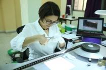 30 - Ms. Marianna De Sanctis conducting the FILM HANDLING & REPAIR practical class